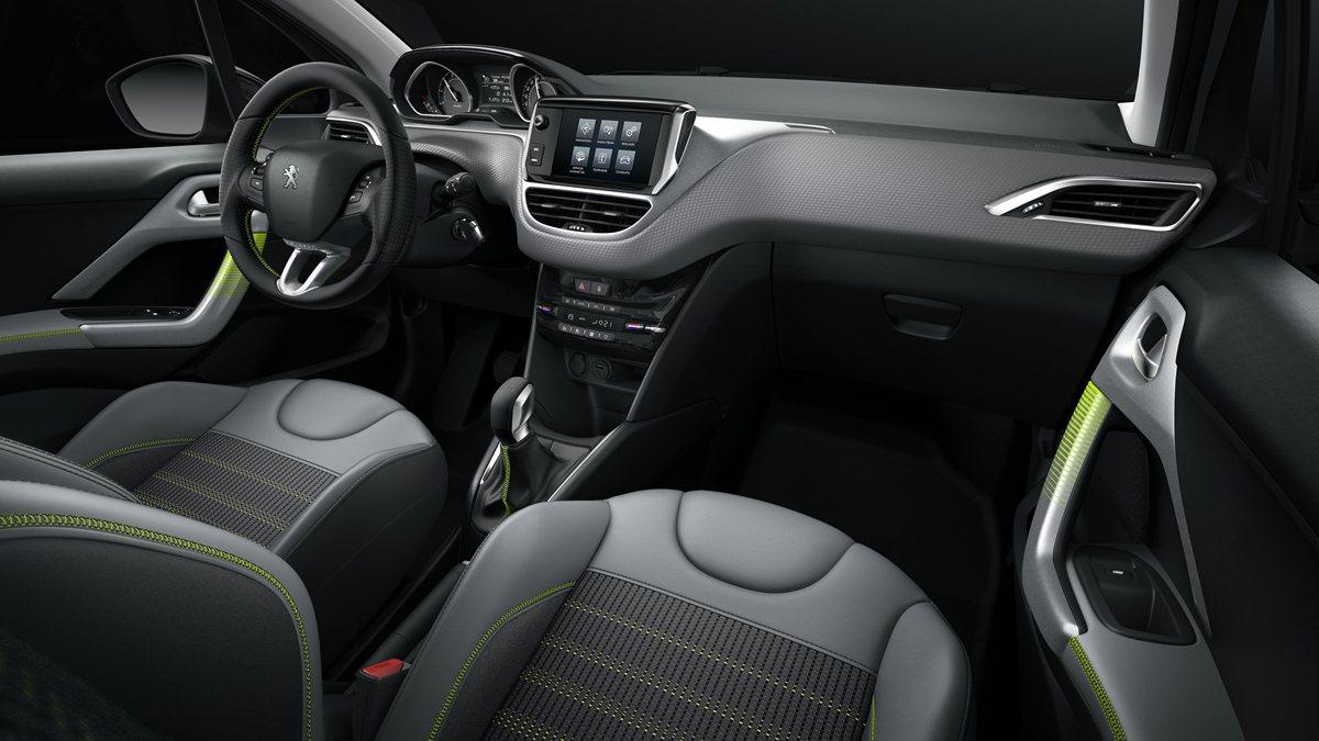 Peugeot 208 2016 interior